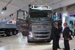 沃尔沃 FH16重卡 750马力 8X4 牵引车 卡车图片