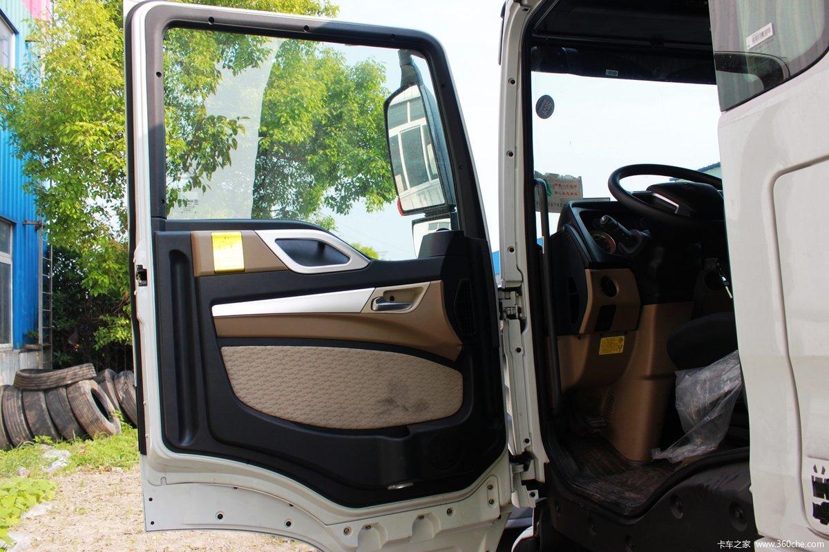 5米载货车底盘(zz1257k56cgd1) 驾驶室