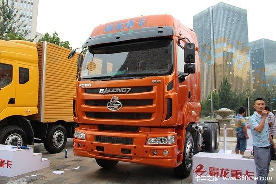 东风柳汽 乘龙m7重卡 400马力 6x4牵引车(玉柴)(lz4251qdca)