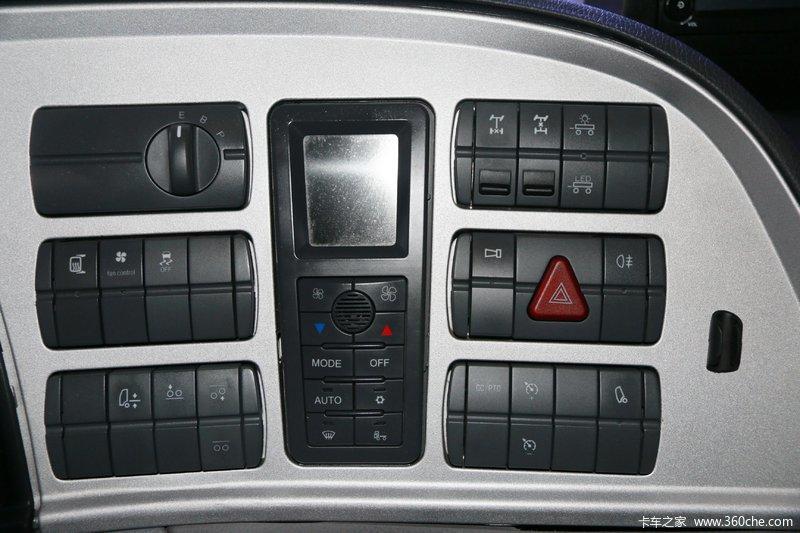 欧曼est-a 6系重卡 430马力 6x2r 牵引车(bj4269snfkb-b2) 驾驶室