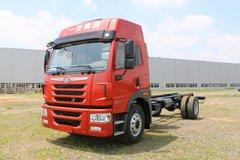 青岛解放 龙VH中卡 180马力 4X2 6.7米栏板载货车底盘(高顶双卧)(CA1189PK2L2E5A80) 卡车图片