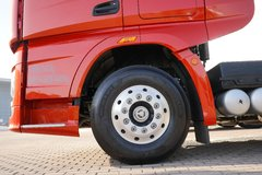 一汽解放 J7重卡 豪华型 550马力 6X4 AMT自动挡牵引车(火焰红)(CA4250P77K25T1E5)