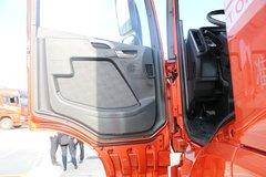 束缚JH6牵引车驾驶室                                               图片
