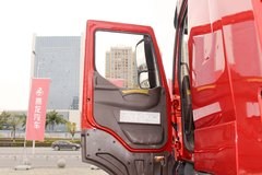 乘龙H7牵引车驾驶室                                               图片