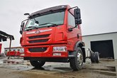 青岛解放 龙V中卡 220马力 4X2 6.75米仓栅式载货车(www.js77888.com)(CA5180CCYPK15L2E6A80)