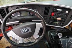 龙V载货车驾驶室                                               图片