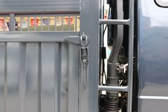 一汽红塔 解放公狮 156马力 3.83米排半仓栅式轻卡(CA5040CCYK6L3E5-2) 卡车图片