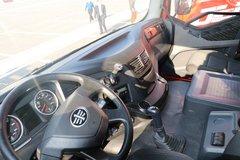 束缚J6P牵引车驾驶室                                               图片