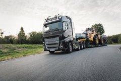 沃尔沃 FH16重卡 750马力 8X4主动挡牵引车 卡车图片