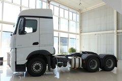 疾驰 新Actros重卡 450马力 6X4牵引车(型号2645LS)