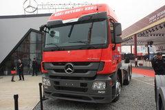 疾驰 Actros重卡 440马力 6X2 牵引车(后提拔桥)(型号2644) 卡车图片