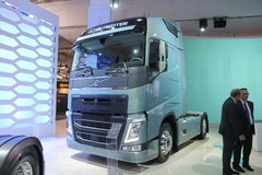 沃尔沃 新FH重卡 500马力 4X2牵引车