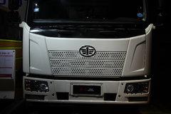 一汽解放 J6L中卡 140马力 4X2 6.8米载货车底盘(新道依茨) 卡车图片