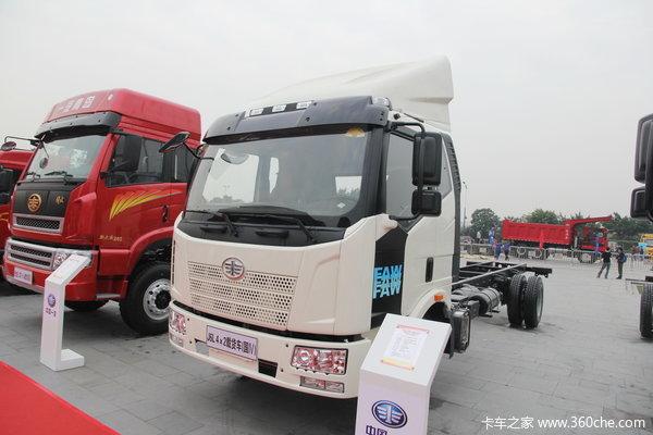 一汽解放 J6L中卡 180马力 4X2 7.7米厢式载货车底盘(CA5160XXYP62K1L5A2E4)(底盘)