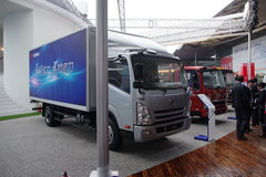 一汽通用 F330速豹 150马力 5.2米单排厢式轻卡 卡车图片