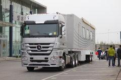 奔驰 Actros重卡 460马力 6X2R牵引车(Megaspace超大驾驶室)(型号2646) 卡车图片