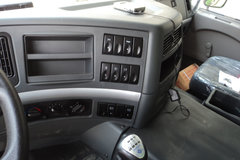 乘龙M5自卸车驾驶室                                               图片