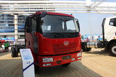 一汽解放 J6L中卡 220马力 4X2 6.8米载货车底盘(CA1160P62K1L4A3E4)
