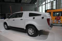 江铃 域虎 2.4L柴油 四驱 双排皮卡(掀背式)