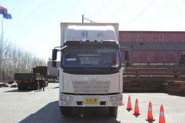 一汽解放 J6L中卡 加强型 180马力 4X2 6.2米排半厢式载货车(CA5160XXYP62K1L3A2E4)