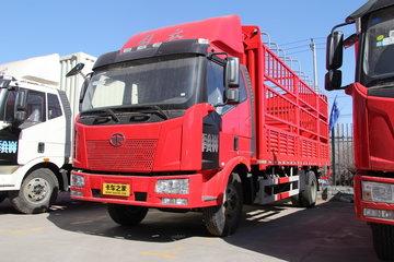 一汽解放 J6L中卡 领航版 180马力 4X2 6.8米排半仓栅式载货车(CA5160CCYP62K1L3A1E4)