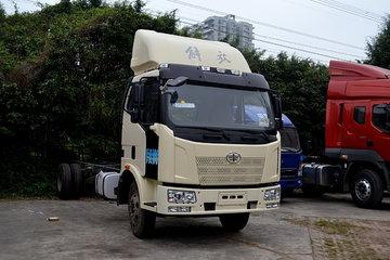 解放 J6L中卡 180马力 4X2 排半载货车(底盘)(CA5160XXYP62K1L5E)