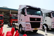 中国重汽 汕德卡SITRAK C7H重卡 540马力 6X4牵引车(高顶)(ZZ4256V324HE1B)