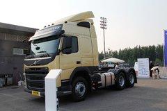 沃尔沃 新FM重卡 460马力 6X2牵引车(金色) 卡车图片