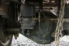 乘龙M3自卸车底盘                                                图片