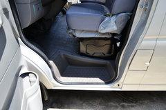 东风股份 御风 136马力 封闭厢式货车 卡车图片