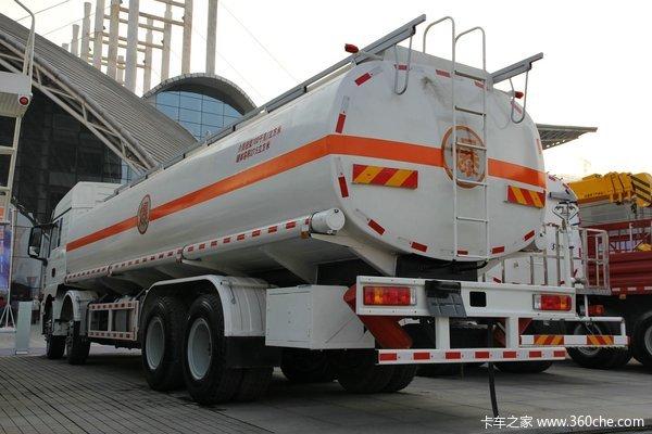 陕汽重卡 德龙新M3000 300马力 8X4 油罐车(SX5316GYYGM456)