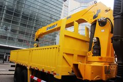红岩杰狮M100 6x4 12吨 随车吊