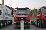 中国重汽 SITRAK C5H重卡 310马力 8X4油罐车底盘(ZZ1326N466GE1K)图片