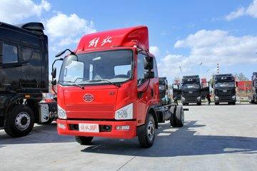 解放 J6F 120马力 3.8米排半厢式轻卡底盘(CA5041XXYP40K2L1E5A84-3)