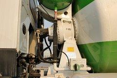 中国重汽 HOWO 380马力 8X4 混凝土搅拌车(ZZ5317GJBN3667D1)