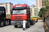 东风柳汽 乘龙M5重卡 375马力 6X4 LNG牵引车(LZ4250M5DB)