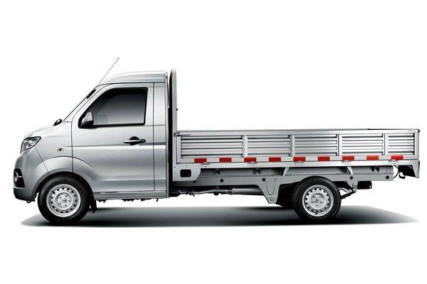 降价促销益阳金杯T30载货车让利0.3万