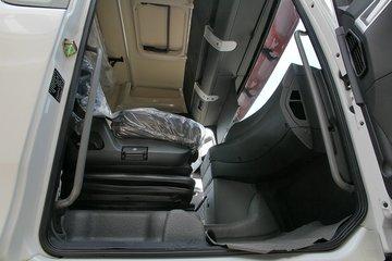 中国重汽 汕德卡SITRAK C7H重卡 360马力 4X2牵引车(危化运输)(ZZ4186V361HE1W)图片