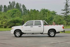 中兴 小老虎 精英版 2.4L柴油 两驱 双排皮卡 卡车图片