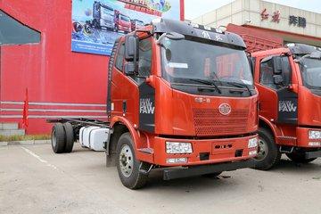 一汽解放 J6L中卡 180马力 4X2 6.8米栏板载货车底盘(CA1160P62K1L3A2E4)
