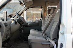 上汽大通 V80 2016款 136马力 傲运通手动版 短轴中顶封闭厢货(国五) 卡车图片