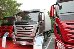 现代商用车 创虎XCIENT重卡 410马力 8X4 9.37米厢式载货车(CHM5310XLCKPQ77V) 卡车图片