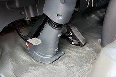 福瑞卡4102载货车驾驶室                                               图片