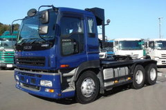 五十铃 E系列重卡 315马力 6X4 牵引车(型号EXZ81) 卡车图片