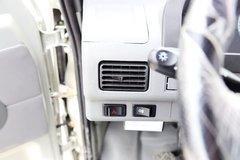 驭菱载货车驾驶室                                               图片