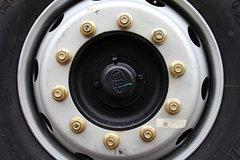 解放J6M牵引车底盘                                                图片