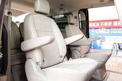 福特汽车 途睿欧Titanium 203马力 2.0T 封闭式货车 卡车图片