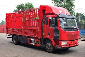 一汽解放 J6L中卡 加强型 180马力 4X2 6.8米排半仓栅式载货车(CA5160CCYP62K1L3A2E4)