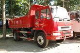 东风柳汽 乘龙609中卡 180马力 4X2 5.3米自卸车(LZ3120LAK)