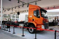 东风柳汽 新乘龙M3中卡 210马力 4X2 5700轴距 6.8米载货车底盘(LZ5166XXYM3AB) 卡车图片